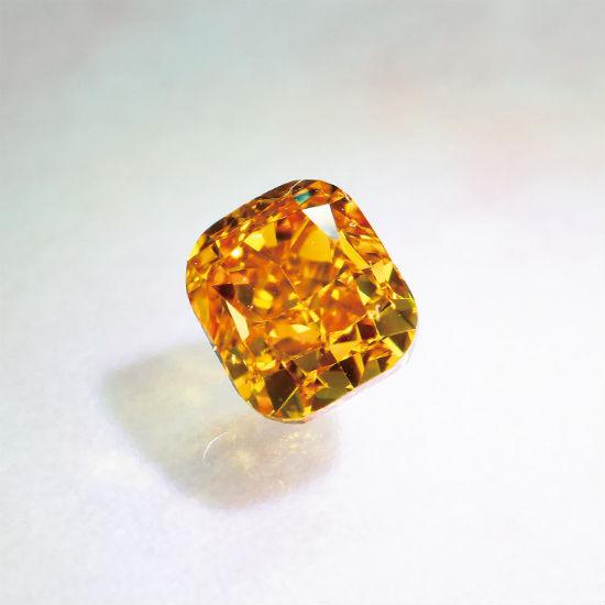 ファンシービビットイエローオレンジダイヤモンド