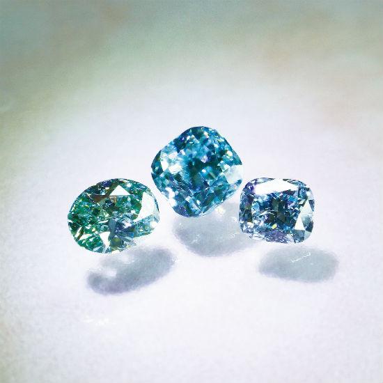 ファンシービビットブルー&グリーンダイヤモンド